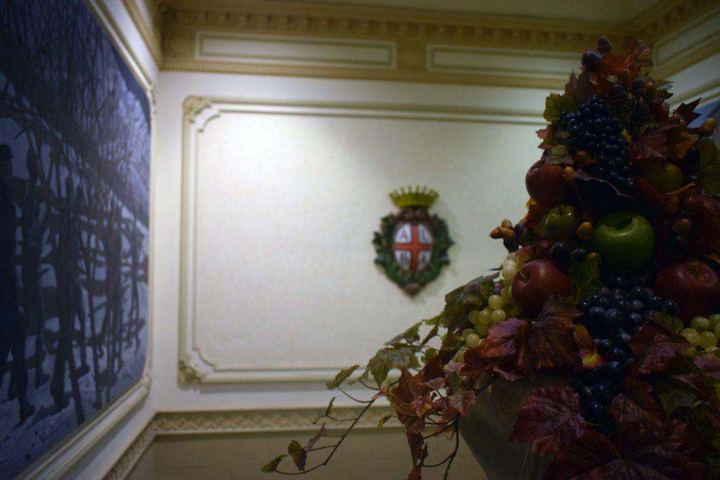 Municipio della città di Alba con stemma e logo del Comune
